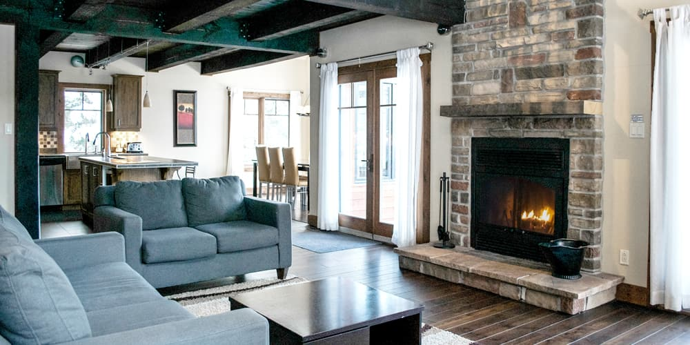 Peachy Cottages Condos And Suites For Rent Chalet Boreal Andrewgaddart Wooden Chair Designs For Living Room Andrewgaddartcom